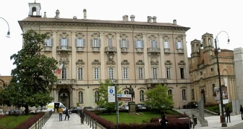 Comune di Pavia: premi per 400mila euro