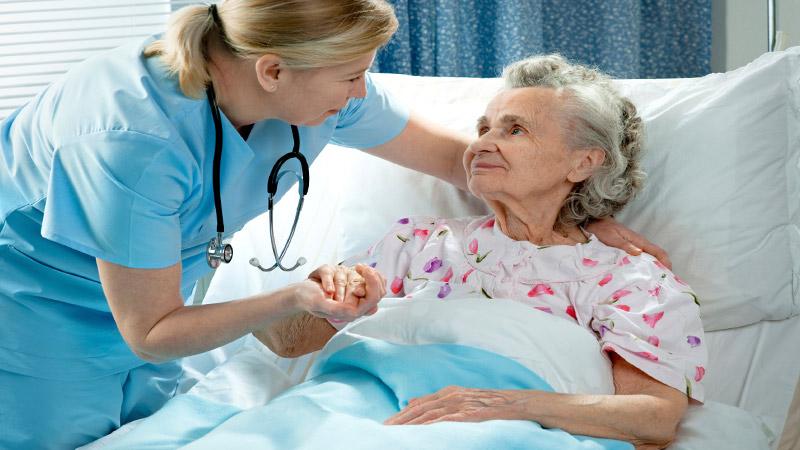 Lo scandalo della svendita della professione infermieristica