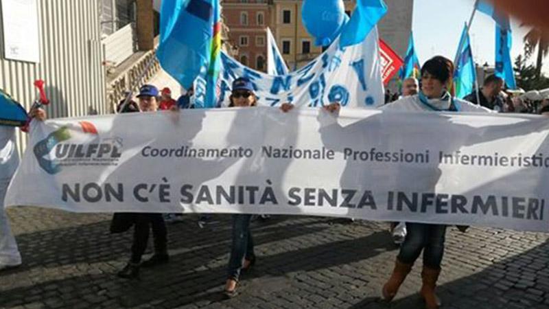 8 novembre: gli infermieri italiani in piazza con tutti i lavoratori dei servizi pubblici
