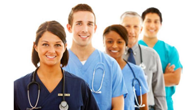 Lauree e lavoro in sanità. Gli infermieri i più richiesti, i farmacisti i più stabili, i medici i più pagati