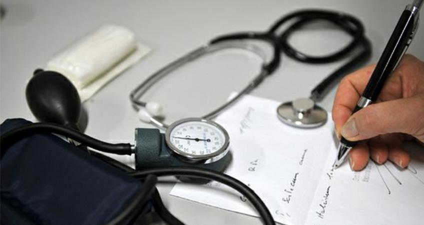 Assenze per visite mediche, niente permessi è malattia