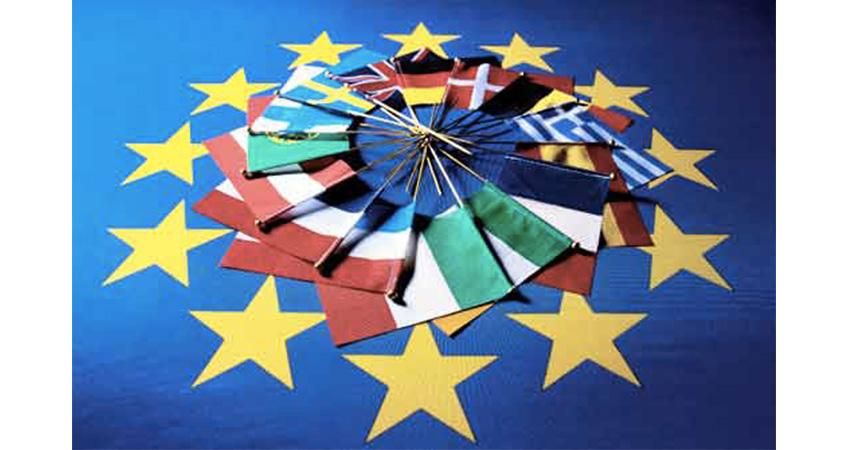 Lavorare in Europa. Per infermieri, farmacisti e fisioterapisti arriva la Tessera professionale