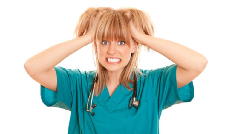 Regole Ue sull'orario di lavoro: quanti infermieri mancano all'appello
